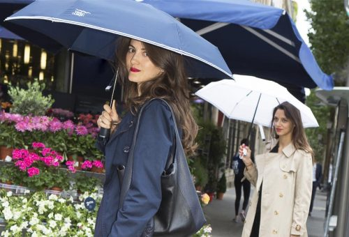 Csúcsmodern esernyő, amitől nem lesz vizes a táskád!