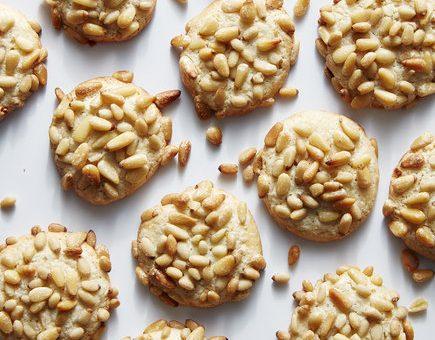 Édesség könnyedén: isteni fenyőmagos keksz