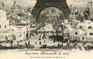 130 éve kezdték el építeni az Eiffel-tornyot