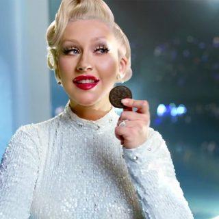 Christina Aguilera az Oreo reklámban