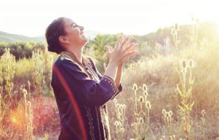 Jótékonysági koncertet ad a Meshinda a Pető Intézetben