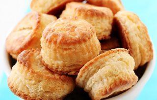 Tökéletes reggeli: mennyei sajtkrémes puffancs három összetevőből