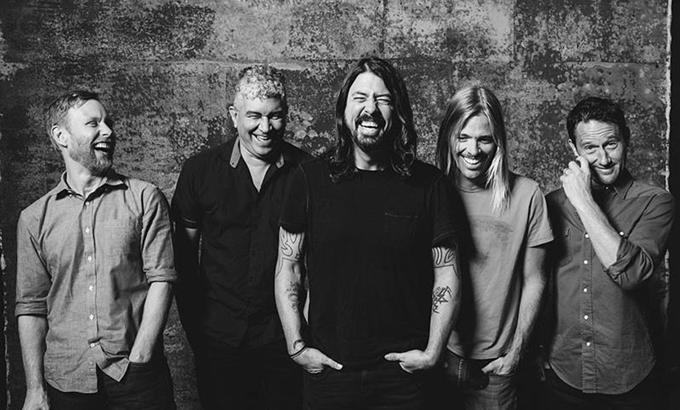20 év után tér vissza Budapestre a Foo Fighters