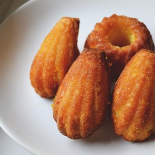 Habkönnyű francia finomság: narancsos madeleine
