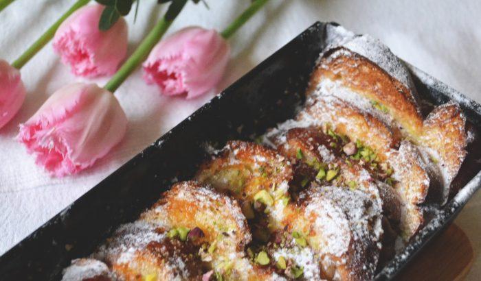 Ellenállhatatlan húsvét utáni desszert: kalácspuding