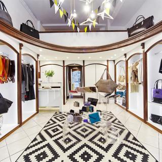 Bemutatjuk a Lucky Shepherd Designer Store-t
