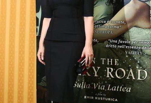 Monica Bellucci kedvenc táskájával