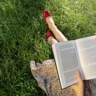A tudomány szerint kedvesebbek, akik sokat olvasnak