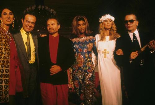 Gianni Versace – 20 év az isteni tervező nélkül