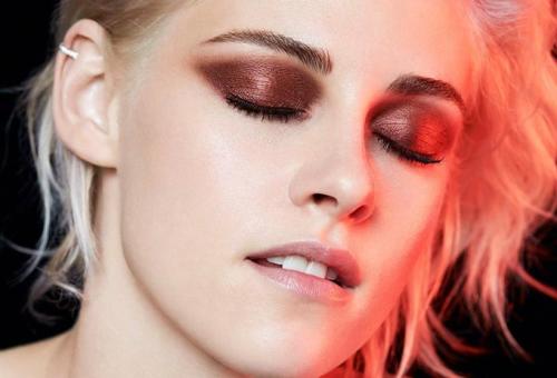 Chaneltől ragyog Kristen Stewart tekintete