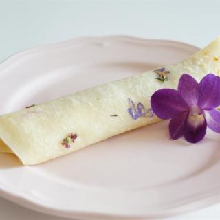 Az ehető virágok nyomában – harangvirágos palacsinta