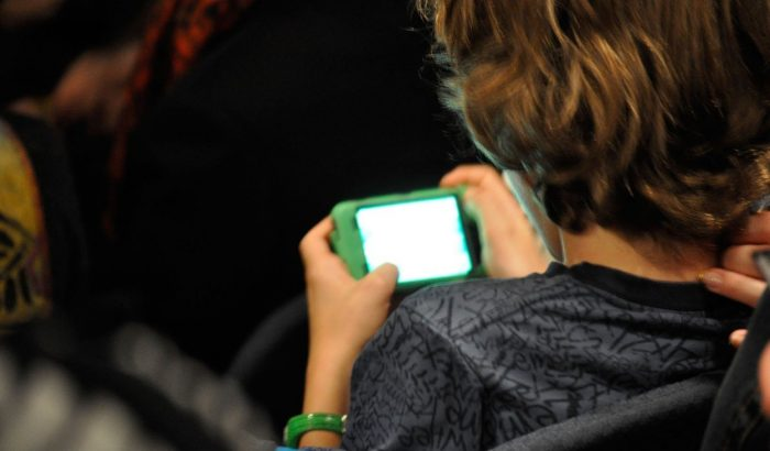 Mit csinálj, ha a gyerek megkapta az első telefonját?