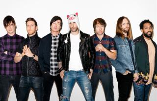 Duettel jött a Maroon 5