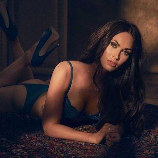 A tűznél is forróbb Megan Fox legújabb fehérnemű kampánya