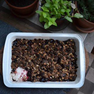 Egészséges őszi édesség: szilvás-mákos morzsasüti