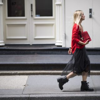 Inspiráló street style outfitek a London Fashion Weekről