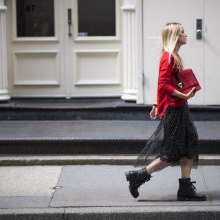 Inspiráló street style outfitek a London Fashion Weekről