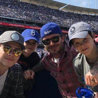 David Beckham feministának neveli a fiait