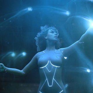 Android vált Taylor Swiftből az új klipjében
