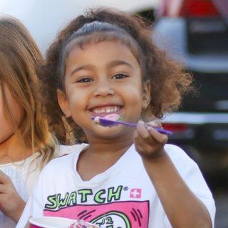 Kanye West kislánya elképesztően aranyos volt egy paparazzival