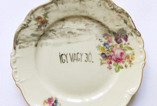 Tökéletlen tökéletesség Hitka Viki tányérjain