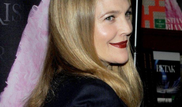 Drew Barrymore-t nem érdekli, mit gondolnak a kinézetéről