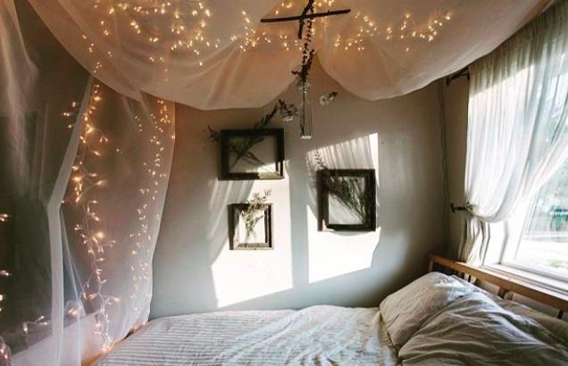 Így dekorálj kreatívan a karácsonyi fényekkel!