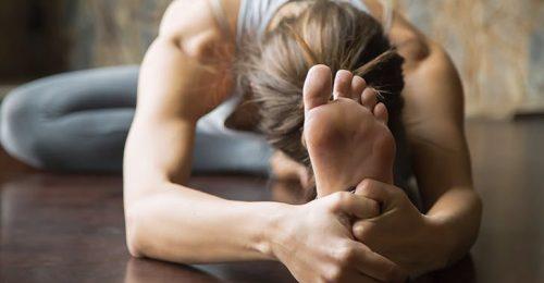 Megérkezett a toega, azaz a lábujjaknak kifejlesztett jógázás