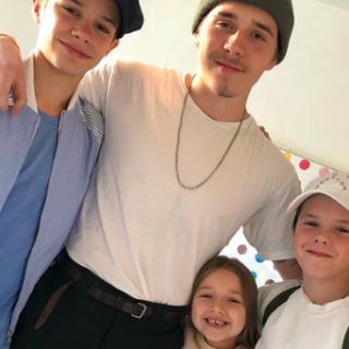 Újra együtt a Beckham-család