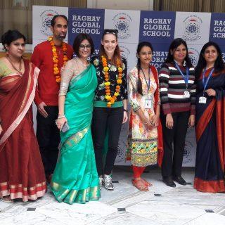 Világsztárként kezelték Indiában a magyar énekesnőt