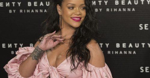 Rihanna nem bír leállni a lopkodással