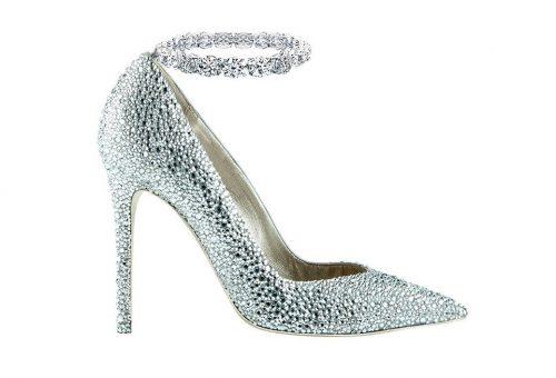 Gyémánt magassarkú egy villa áráért?