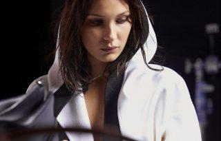 Backstage pillanatok a Max Mara fotózásról Bella Hadiddal a főszerepben