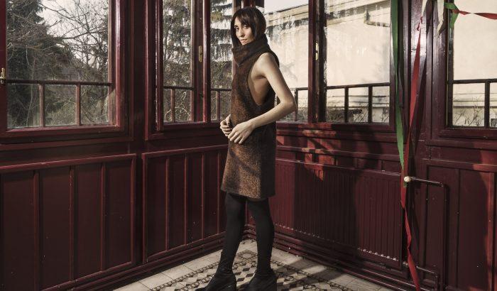 Télűző fotózáson állt modellt Bocskor Bíborka