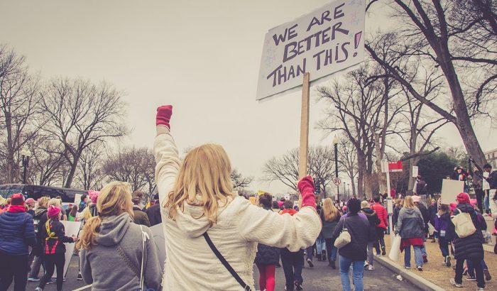 """Elena Ferrante: """"Egy évszázad feminizmus után sem lehetünk önmagunk"""""""