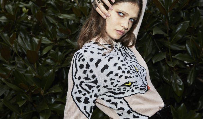 Rózsaszín leopárd pulóver, amit csak pillanatokig árulnak