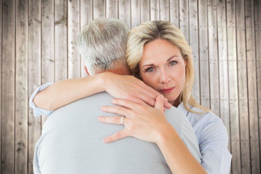 A megcsalást összességében a férfiak sokkal nehezebben viselik, nehezen tudnak túljutni partnerük hűtlenségén.
