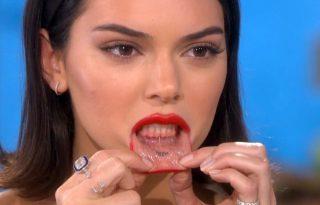 Kendall Jenner megmutatta a szájtetkóját