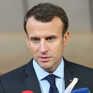 Helyszíni bírsággal büntetnék a zaklatókat Franciaországban