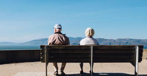 Behozhatatlan előnnyel indulnak az anyai nagyszülők