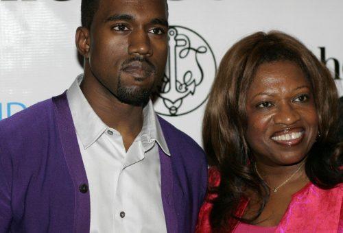 Kanye West elhunyt édesanyjának állít emléket új albumával