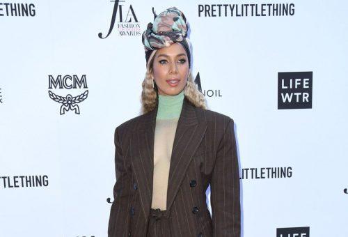 Leona Lewis extravagáns turbános szettben