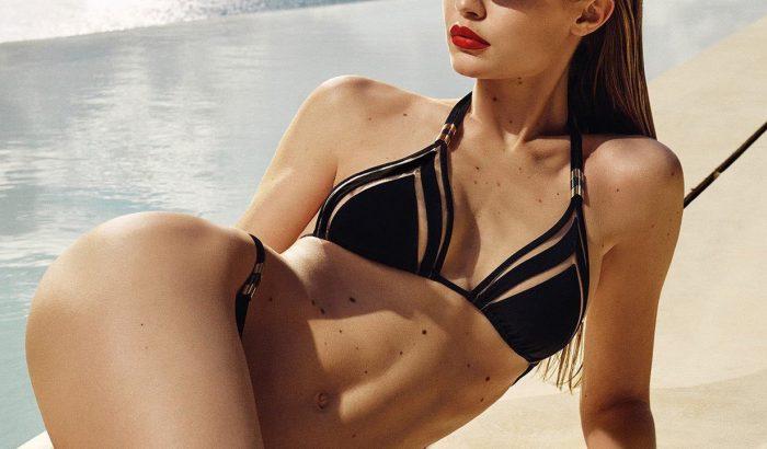 Bombaformában pózol Gigi Hadid a Vogue Eyewear kampányban