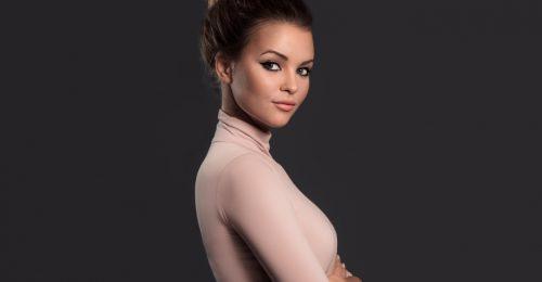 #Stylelife: Kárpáti Rebeka, színésznő és vlogger