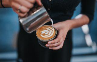 A reggeli kávéd segíthet a fogyásban