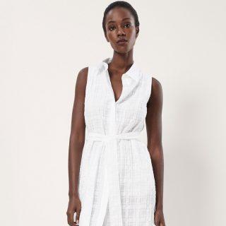 Kortalan fehér ruha – 20, 30, 40 és 50 évesen