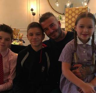 Elolvadtunk a videótól, ahol David Beckhamet köszönti fia