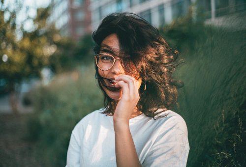 Tényleg okosabbak lehetnek a szemüvegesek!
