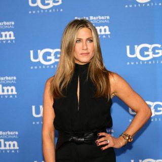Jennifer Aniston végre elárulta, mit jelent a titkos tetoválása