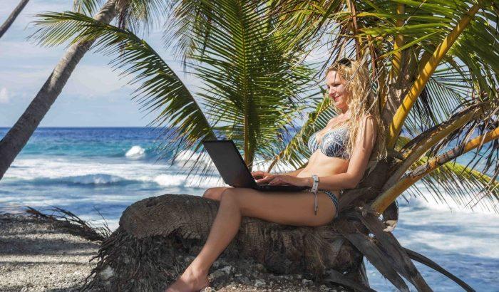 Laptoppal a paradicsomba – digitális nomád túrák magyaroknak